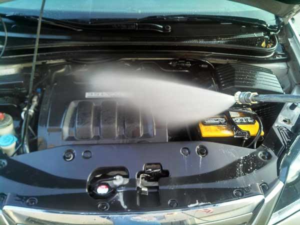 موتورشویی با آب