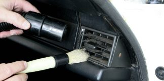 Cleaning-inside-the-car-without-using-water-lucapro