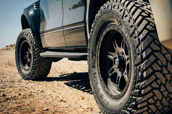 تعویض لاستیک اتومبیلهای آفرودی