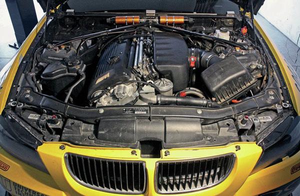 بررسی سیستمهای داخلی خودرو
