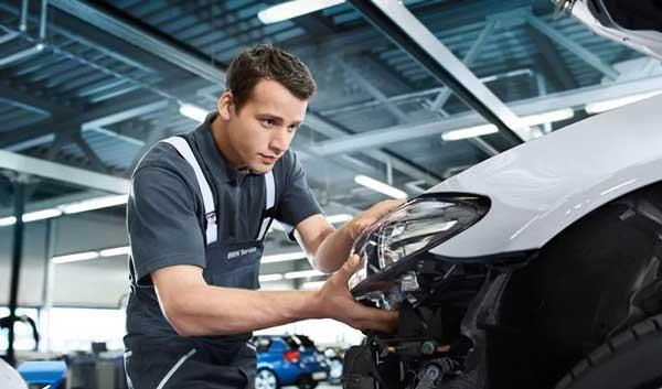 تعمیر تخصصی انواع اتومبیلهای بیامو