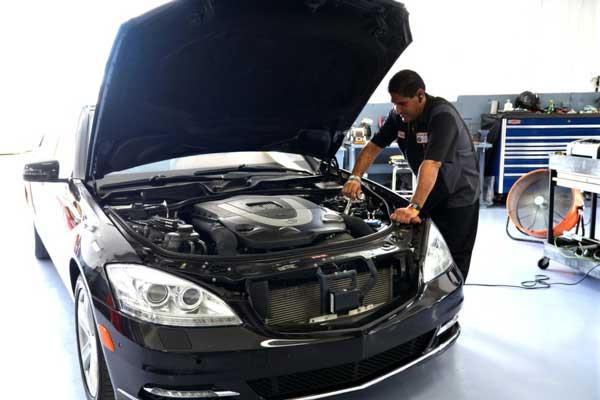 خدمات تعمیرگاهی خودروهای مرسدس بنز