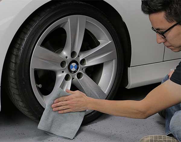 از بین بردن آثار خط و خراش رینگ خودرو
