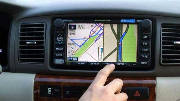 نصب GPS بر روی اتومبیلها